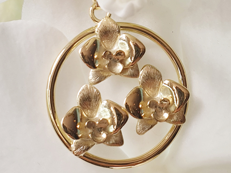 gouden orchidee hanger, gouden hanger, gouden sieraad, gouden cadeau, mooie gouden ontwerp, te koop gouden sieraad, te koop gouden hanger